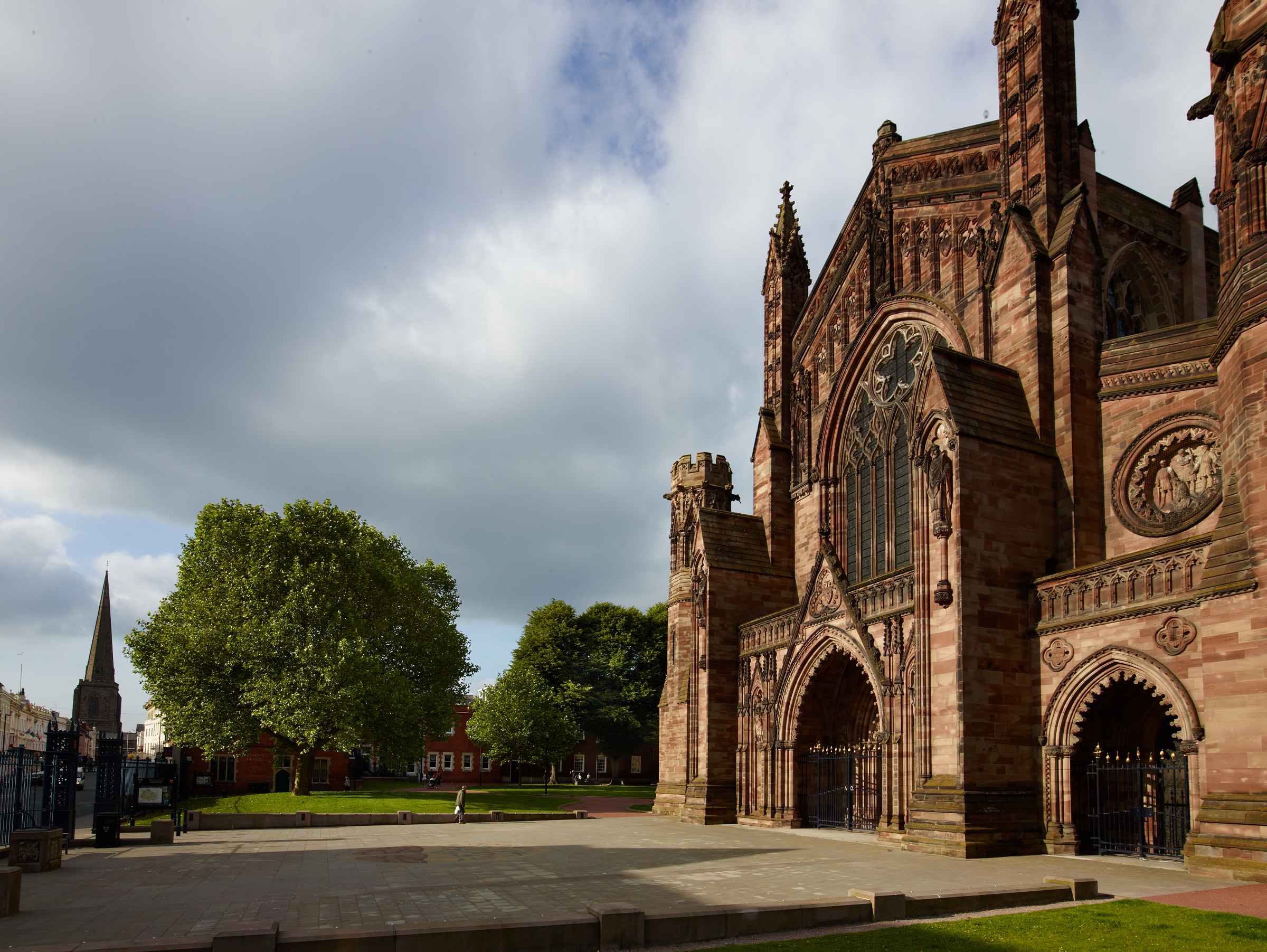 The west entrance, Hereford CathedralThe west entrance, Hereford Cathedral
