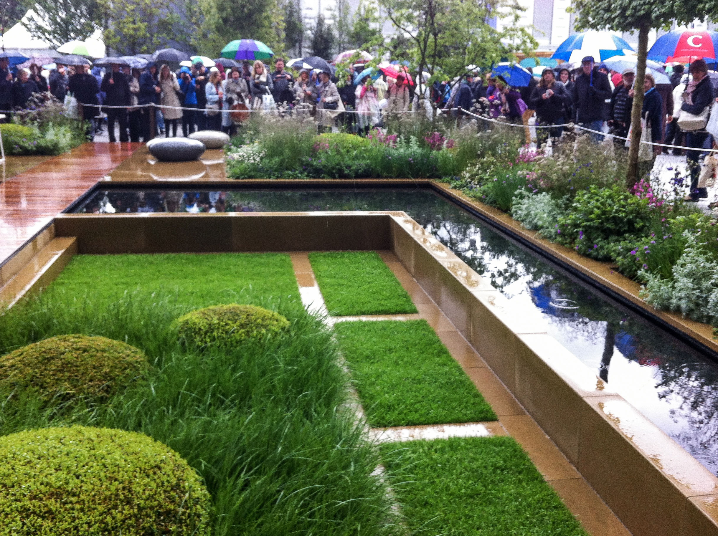 Chelsea crowds admire the finished show garden